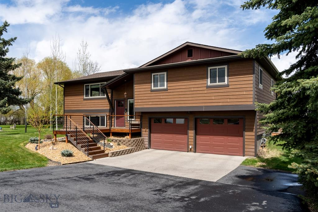 3433 E Valley Center Road, Bozeman
